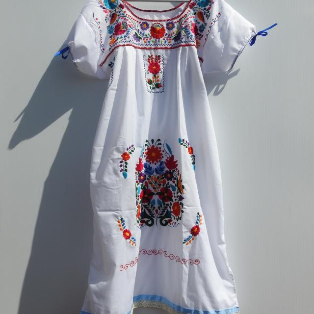 White Mexican Dress Women Mom Gift Embroidered Flower Boho Dresses For Large Mexico Woman