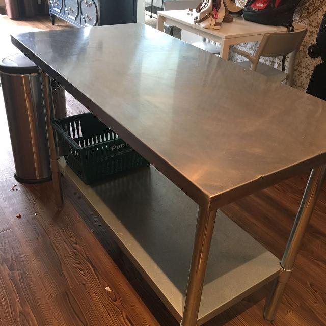 Stainless steel kitchen island / worktable