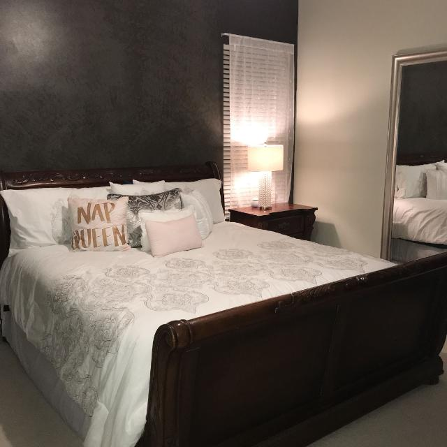 Best 5 Piece King Sleigh Bedroom Set for sale in Spring Hill ...