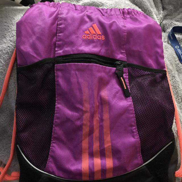 bc3760e2a94 Find more Adidas Pull String Bag for sale at up to 90% off