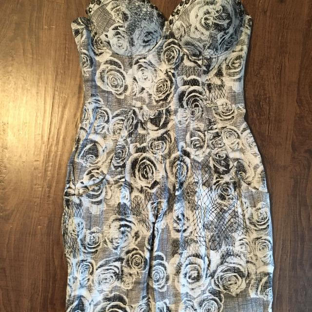 21f72e0c471 Best Sexy Guess Dress!!! for sale in Dollard-Des Ormeaux