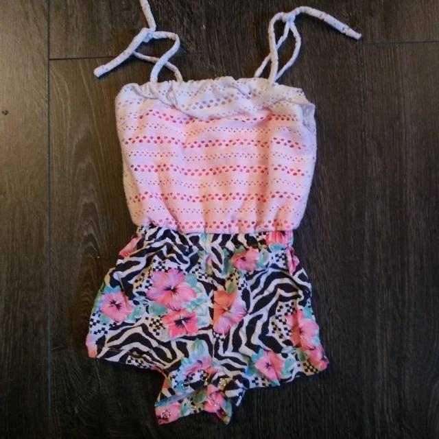 987dd5f8111a Find more Super Cute Romper for sale at up to 90% off