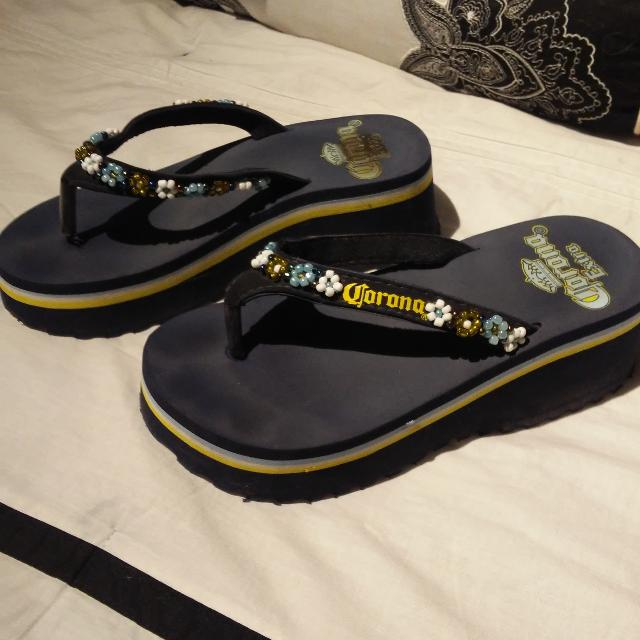 015e330f3797 Find more Wedge Flip Flops Size 7 for sale at up to 90% off ...