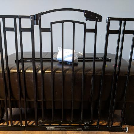 New and used items for sale in vaudreuil dorion qc - Barriere escalier ikea ...
