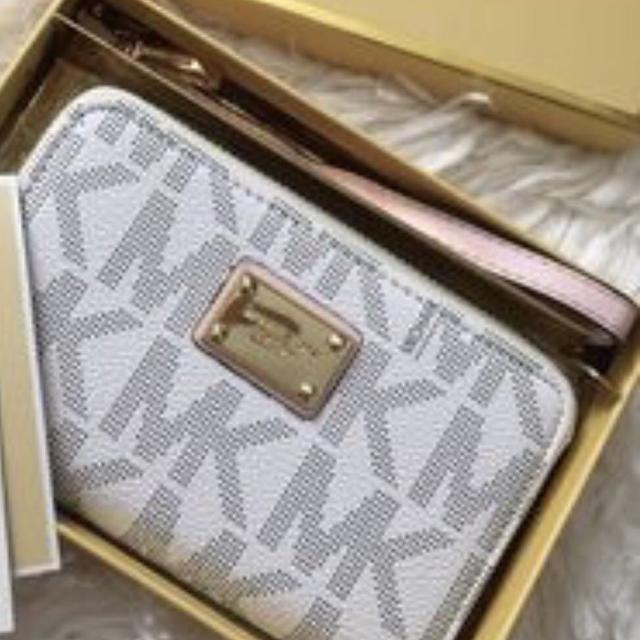 bbfdf6b222f3 Best White Mk Wallet for sale in Dothan