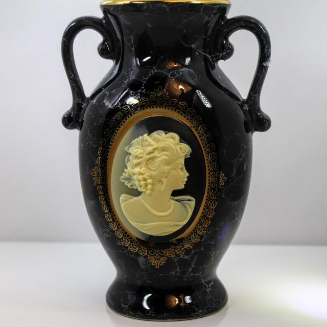 Best Blackgold Urnvase With Cameo Made In Japan For Sale In