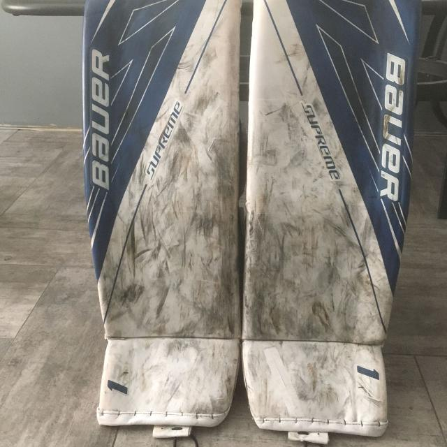Bauer 1s pads glove and blocker and pants