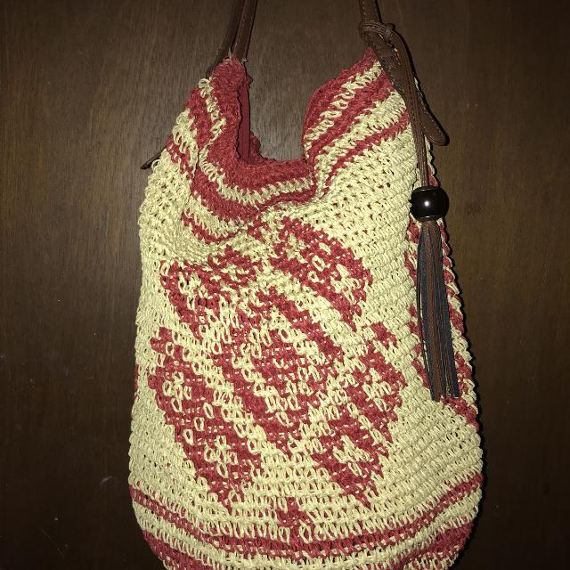 dc98ab82b1 Best Lucky Brand Straw Woven Hobo Bag. Super Cute And Perfect For Summer.  Cranberry red Accents With Main Color Being Sand.