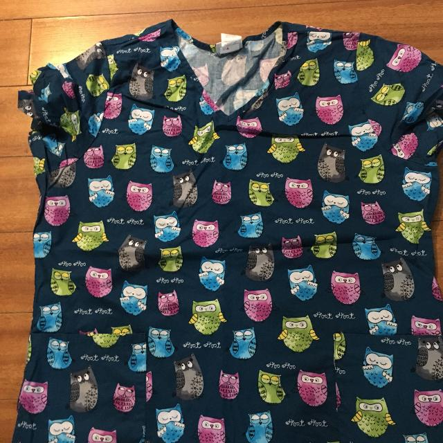 08b291b5bb0 Find more Owls Xl Scrub Top. In Excellent Condition, No Rips Or ...