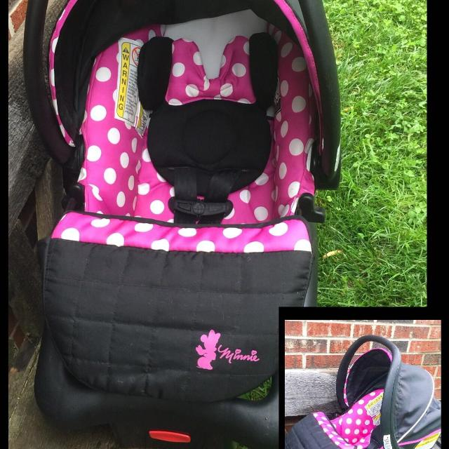 Disney Minnie Mouse Car Seat READ FULL DESCRIPTION BELOW