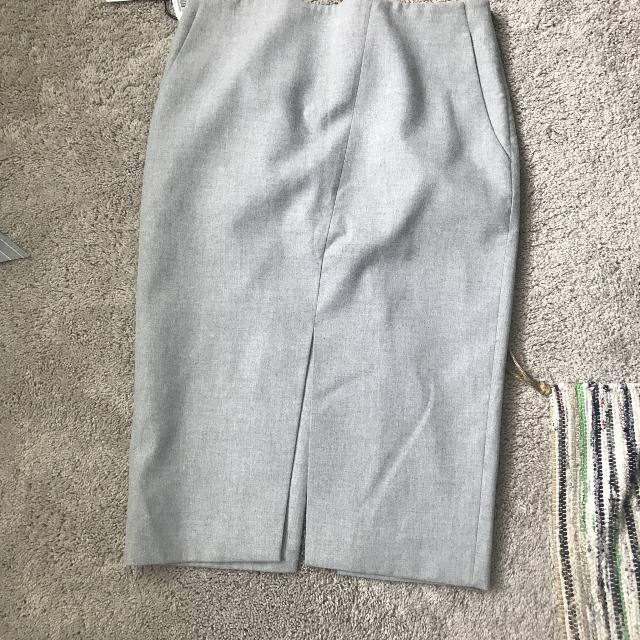 562400ef5f Find more Aritzia Babaton Jax Skirt for sale at up to 90% off