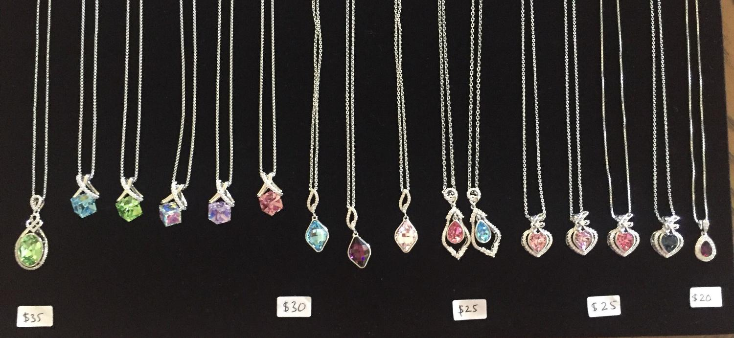 16a18aab4 Best Swarovski Crystal White Gold Plated Necklaces for sale in Richmond  Hill, Ontario for 2019
