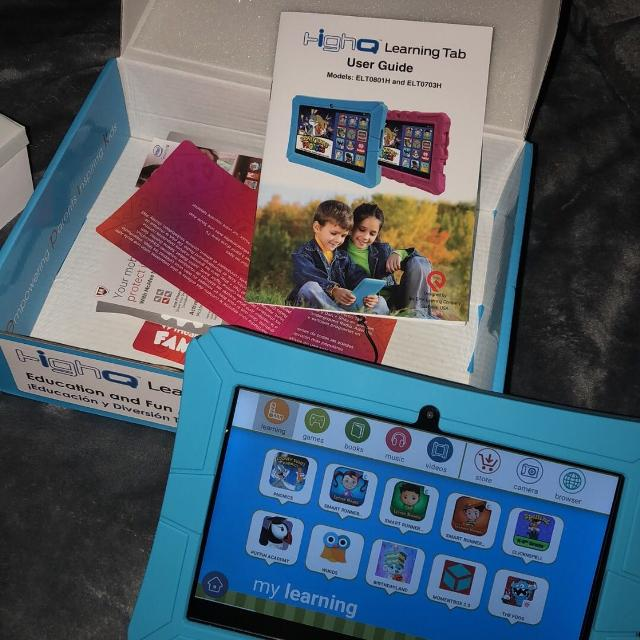 High Q tablet with box and instructions