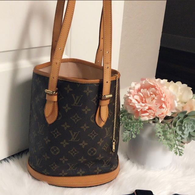 90f8547496c6 Best Authentic Louis Vuitton Bucket Pm for sale in Vacaville ...