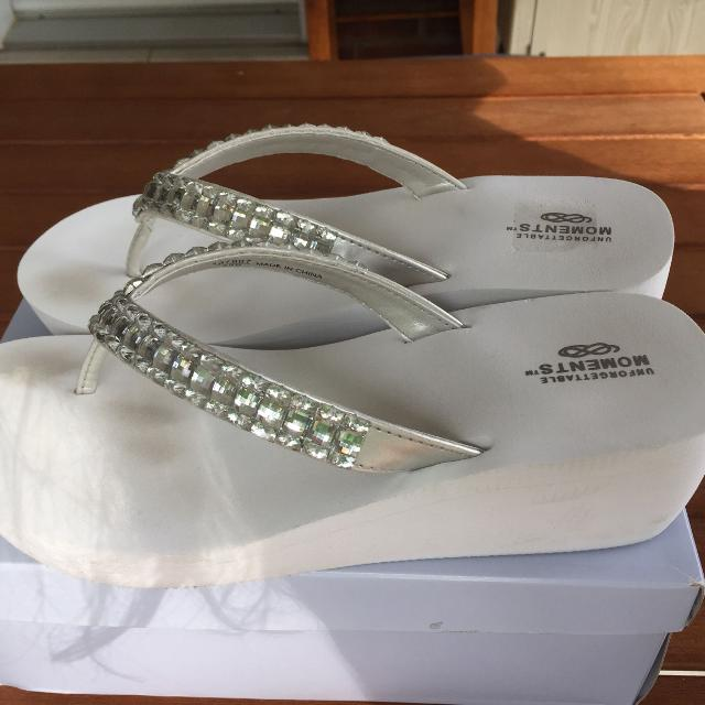 dfccc345a Best Wedding Flip Flops Worn Once (my Wedding) Excellent Condition for sale  in Vaudreuil
