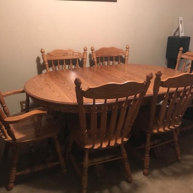 Amish Solid Oak Dining Room Set