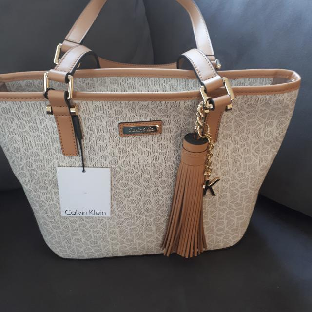 Find more Calvin Klein Bag for sale at up to 90% off c260d7e3251cb