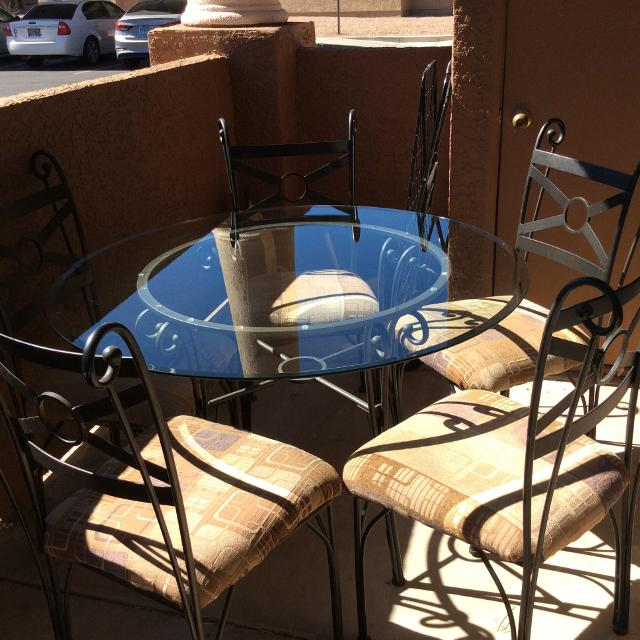 Best Wrought Iron Table With Glass Top And 5 Matching