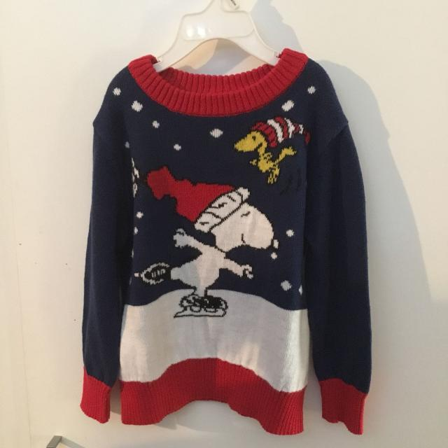 peanuts long sleeved snoopy christmas sweater size 4t
