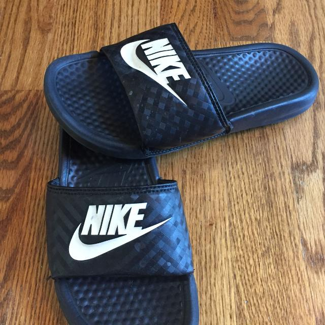 1bbcd1166 Find more Women s Nike Slides Size 5 for sale at up to 90% off
