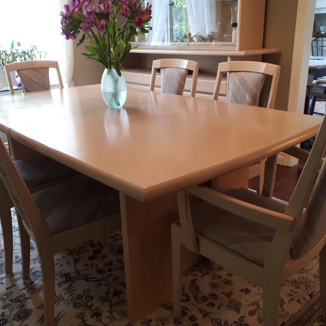 Best Dining Room Table Matching Hutch Buffet For Sale In Ottawa Ontario 2019