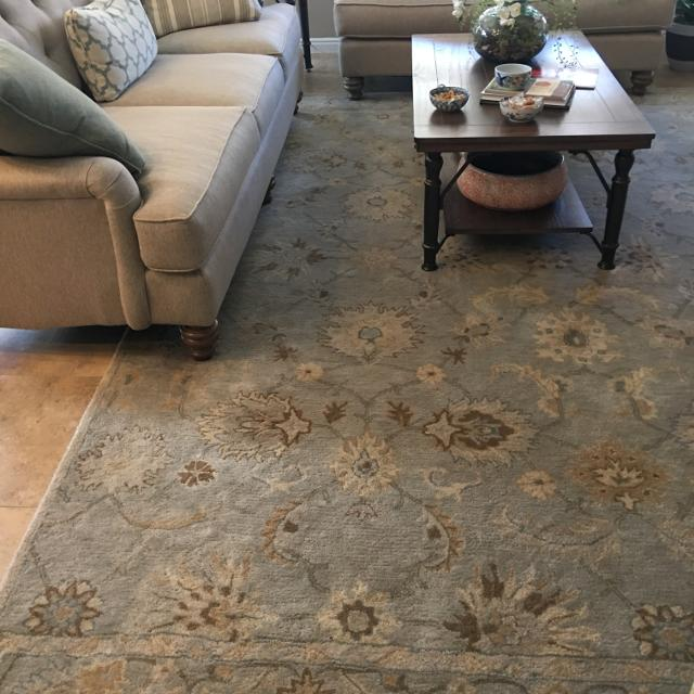 9 X 12 Pottery Barn Rug Plus Runner