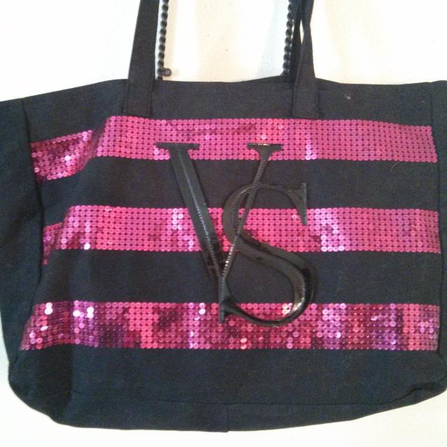 Victoria S Secret Zip Up Overnight Bag