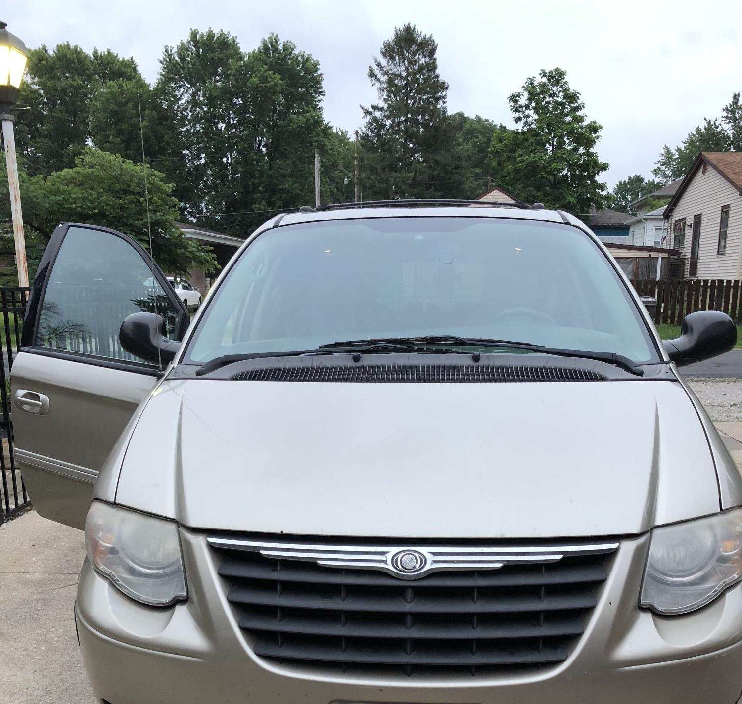 Find More 2005 Town & Country Chrysler Mini Van For Sale