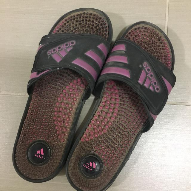 222dcb4e9 Find more Free Women s Adidas Sandals (size 7) for sale at up to 90% off