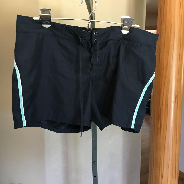 Best Old Navy Surf Shorts Board Shorts Size M for sale in Appleton ... 1d481e1b8449