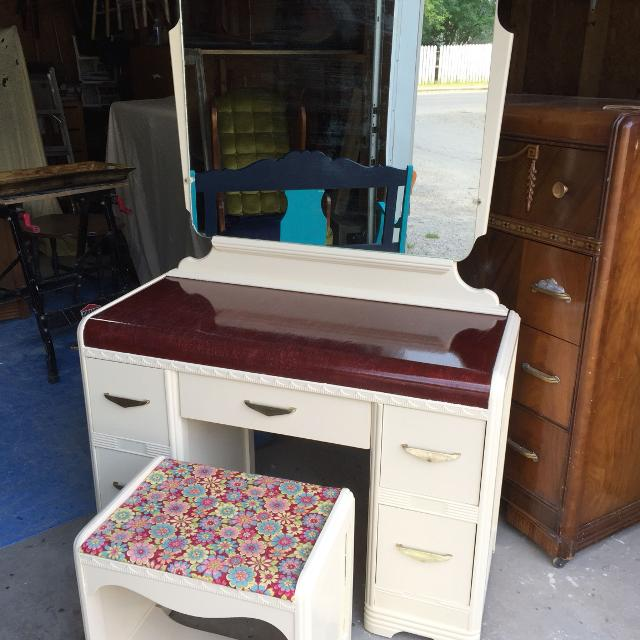 Antique Wooden Vanity with Bench - Find More Antique Wooden Vanity With Bench For Sale At Up To 90% Off