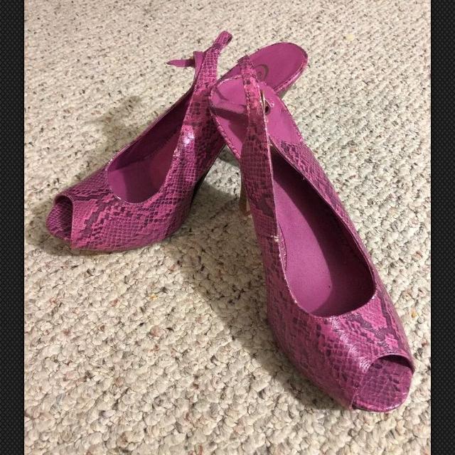c453190750f Candies Womens Shoes Size 9 Medium Platform High Heels Pink/Mauve Faux  Snakeskin