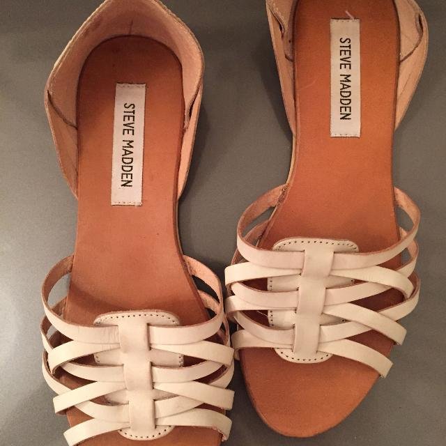 f5f1a7a307d Find more Steve Madden Super Cute Sandals Size 8 for sale at up to ...