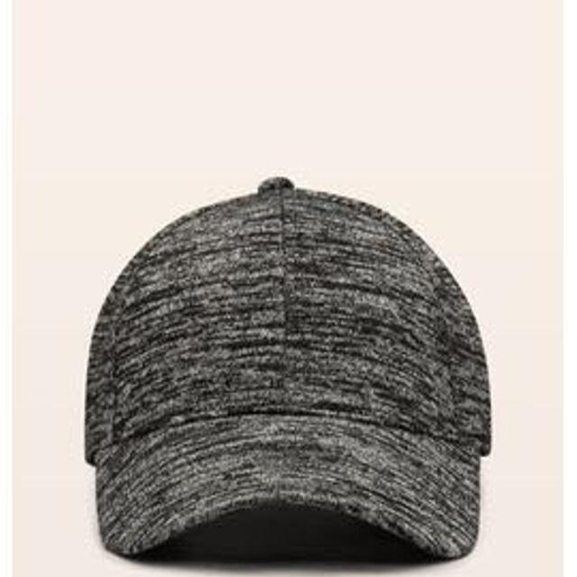 ab9cb0412d15d Find more Aritzia Wilfred Free Decker Hat for sale at up to 90% off
