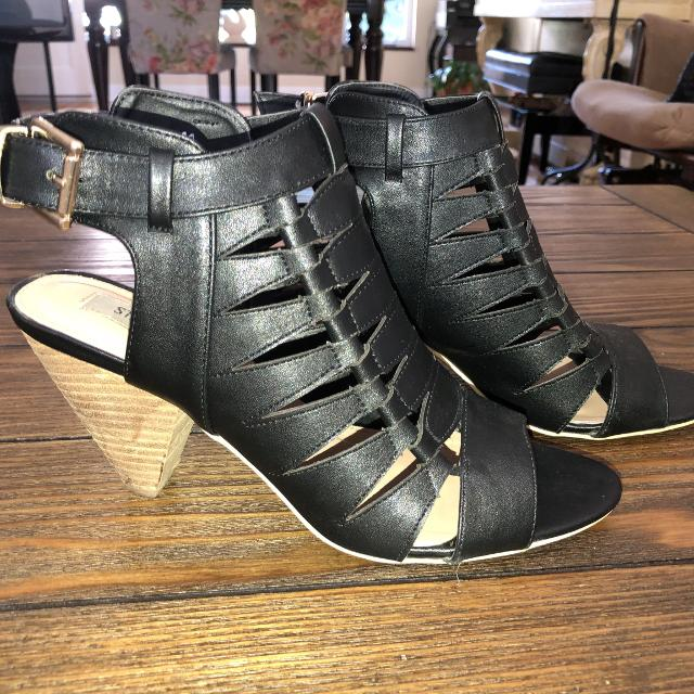 c19ea00548f Find more Steve Madden Size 8 Ankle Sandals for sale at up to 90 ...