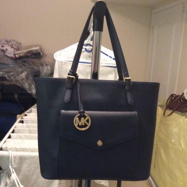 e7624e4e2b66 Best Mk Ladies Bag Used Once ... Really Good Condition for sale in  Scarborough