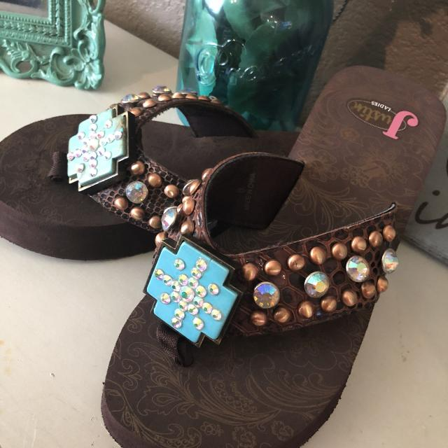 8495f9f317fdbe Find more Brand New Bling Justin Sandals Size 6 for sale at up to 90 ...