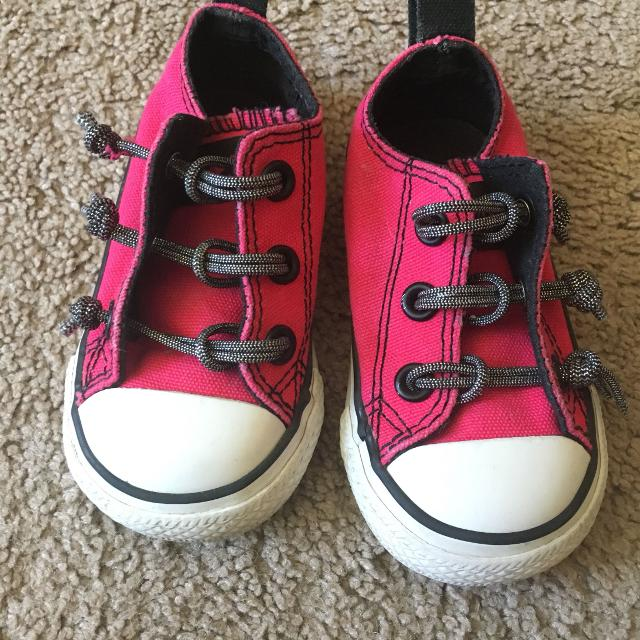e075b55487f7 Best Toddler Girls Converse Size 4 for sale in Menifee