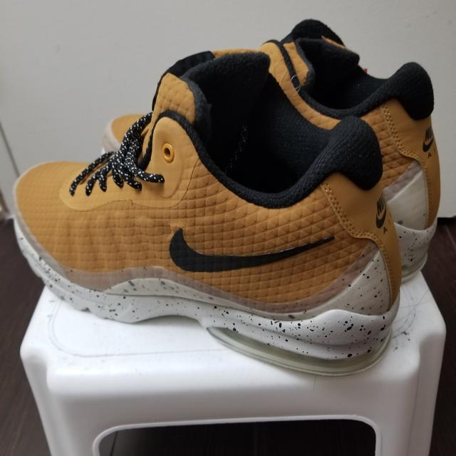 278bcf7578a Best Nike Air Max Invigor Mid Sz9 for sale in Etobicoke