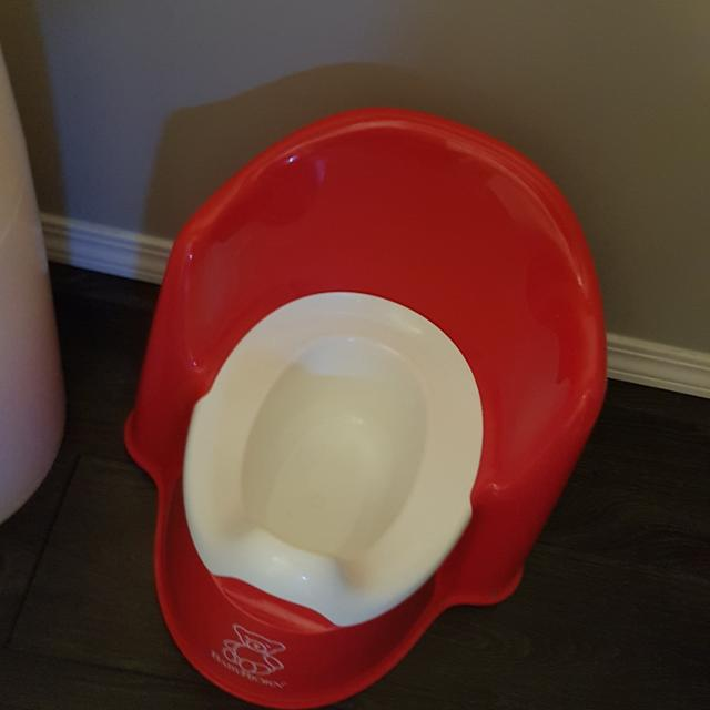 deb1db07040 Find more Baby Bjorn Red Potty Euc for sale at up to 90% off