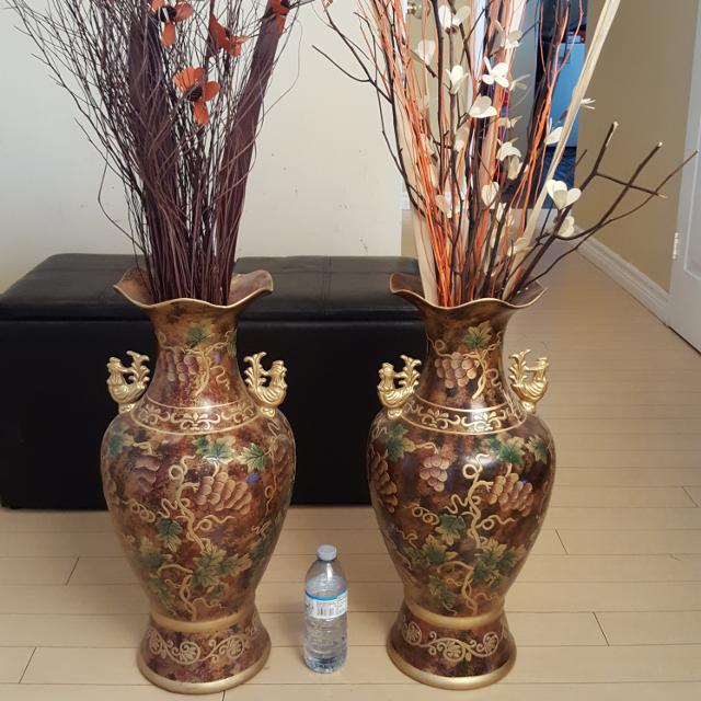 Best Two Huge Vases With Decoration For Sale In Oshawa Ontario For 2018