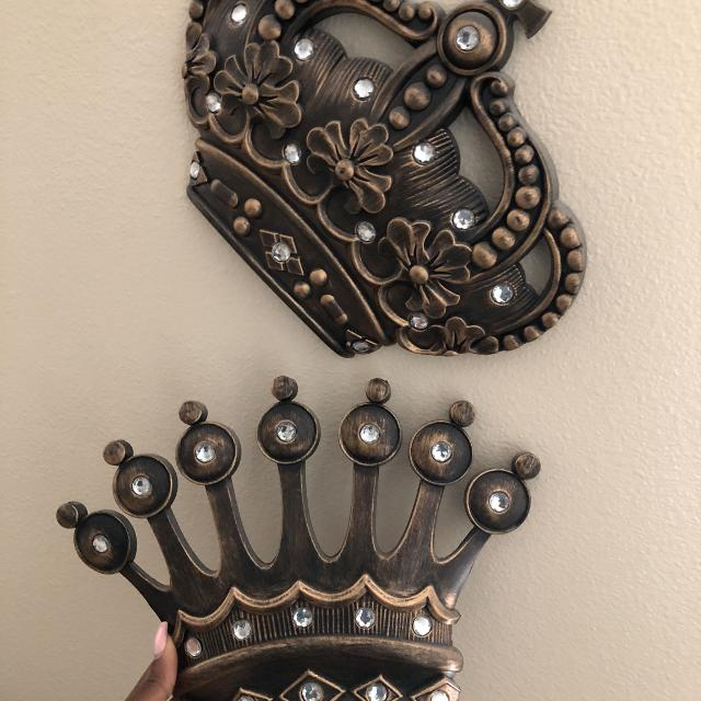 Find More King And Queen Crowns Wall Decor For Sale At Up To 90 Off
