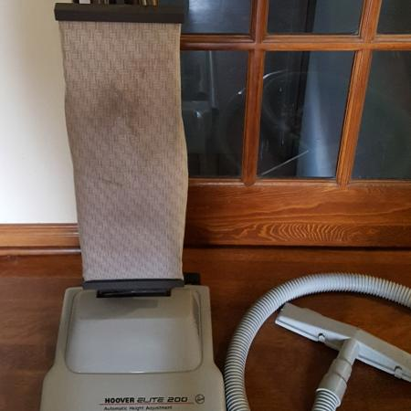 Hoover brand vacuum cleaner for carpets., used for sale  Canada