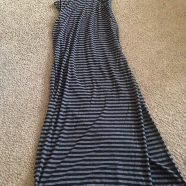 999f990a88c Best Old Navy Sleeveless Maternity Maxi Dress for sale in Ellensburg ...
