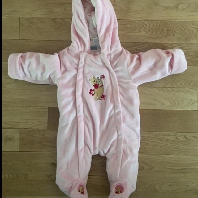 21c8f204ec19 Best Baby Girl Onesie Winter Suit Size 0-3 for sale in Dollard-Des Ormeaux,  Quebec for 2019
