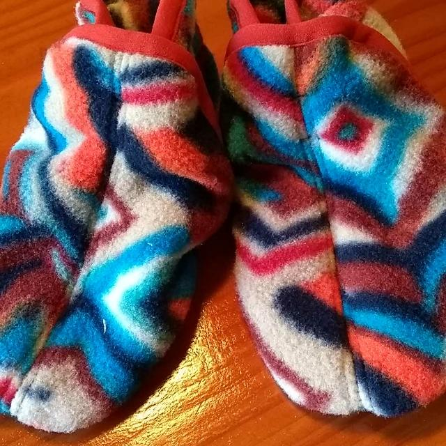 f9c7e029 Find more Patagonia Fleece Slippers (18-24 Months) for sale at up to ...