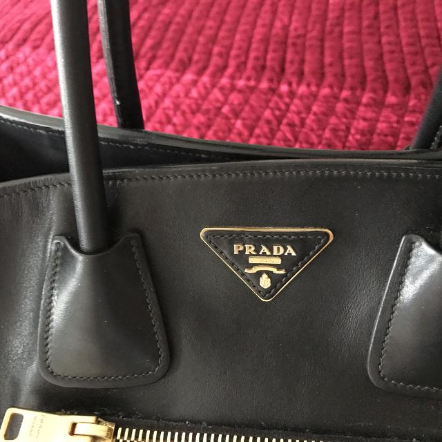 efe6813c838 Find more Prada Purse for sale at up to 90% off