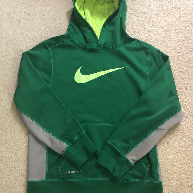 12209d222f56 Best Boys Nike Therma- Fit Hoodie Size Medium In Excellent Used Condition  for sale in Brenham