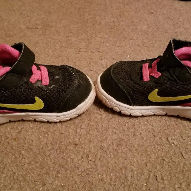 453cc905a4 Find more Nike Toddler Girl's Shoes Size 5c for sale at up to 90% off