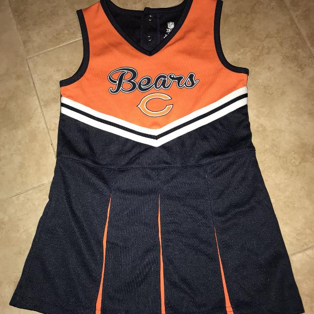 more photos 9b94f bdf58 NFL Chicago Bears cheerleader outfit New without tags 4T